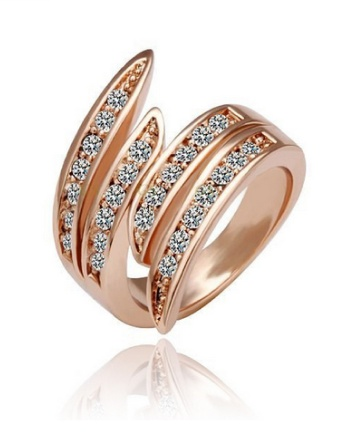 $12 for an 18K Rose Gold Plated Wave Ring Made with Swarovski Elements