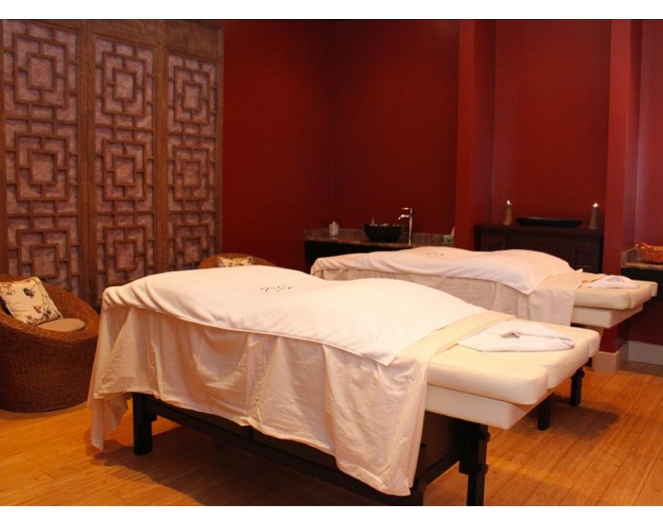 hot stone massage stockholm porfilmer