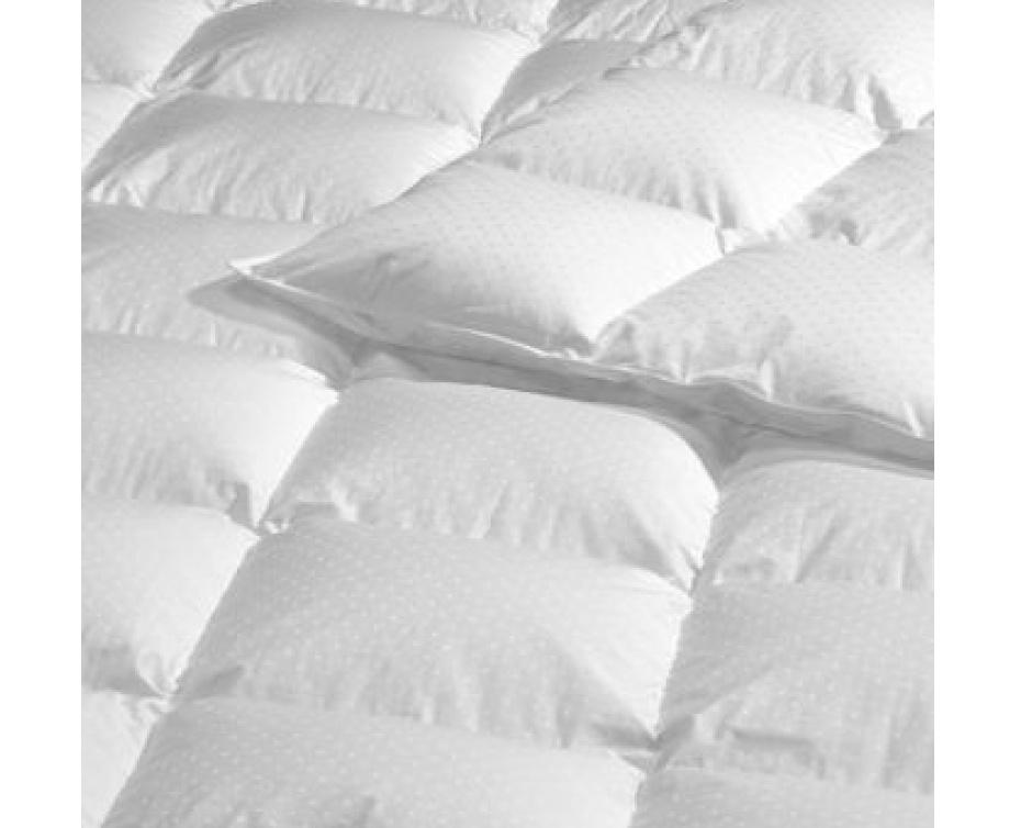 39 et plus pour une couette blanche en duvet d oie 4 tailles disponibles buytopia. Black Bedroom Furniture Sets. Home Design Ideas