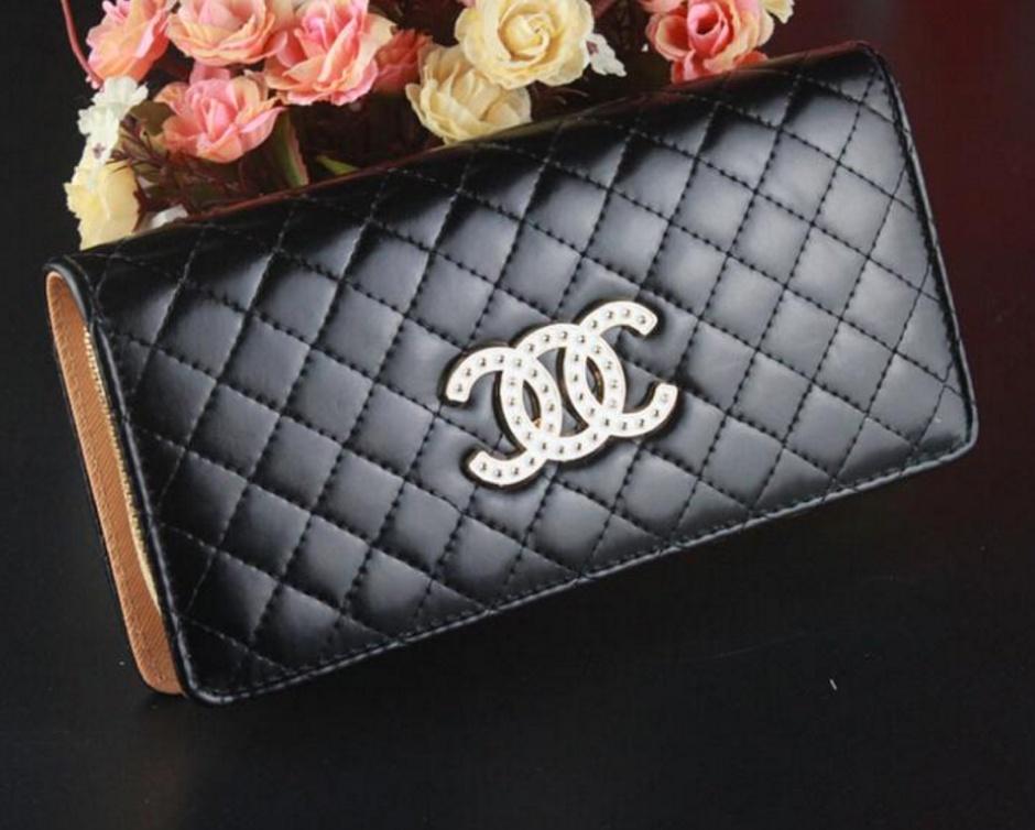 Купить сумки Prada в интернет магазине Lookchicru! Сумки